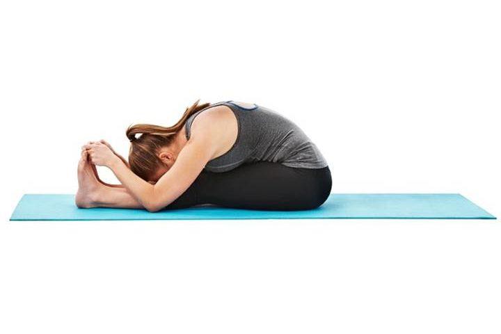 gerakan yoga untuk mengecilkan perut