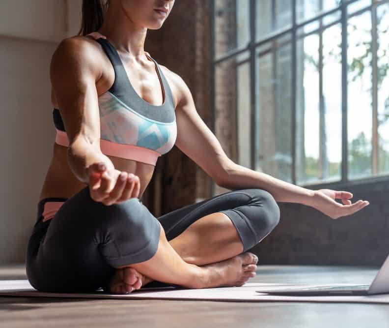 apakah yoga bisa menurunkan berat badan