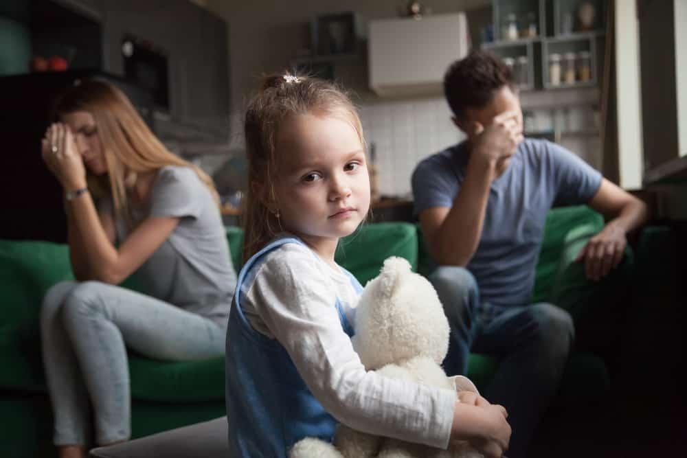 dampak keluarga broken home pada kesehatan mental anak
